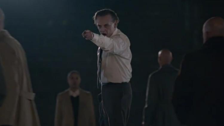 alt-j-pusher-music-video-man-screaming-pointing-750x422